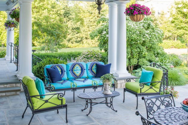 18 Charming Traditional Patio Designs You Will Fall In Love With