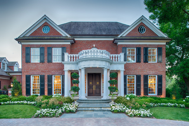 interesting traditional home exterior design | 18 Glamorous Traditional Home Exterior Designs You Won't ...