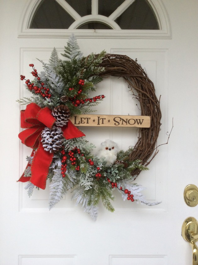 18 Wonderful Handmade Christmas Wreath Designs That Will Make Your Front Door Shine