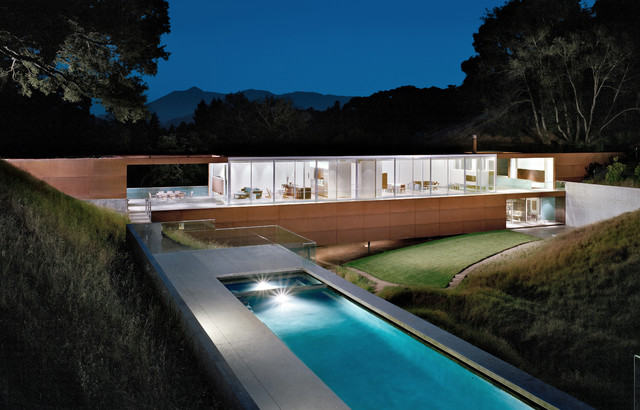 20 appealing outdoor designs in the industrial style for Pool design hamilton