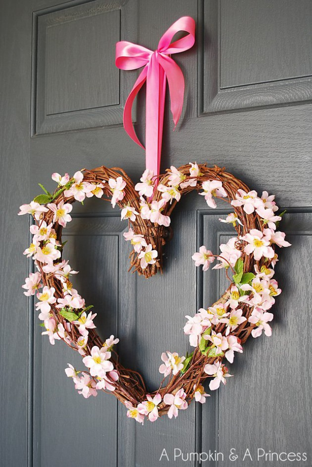 17 Fabulous DIY Valentines Day Wreath Designs To Adorn Your Front Door