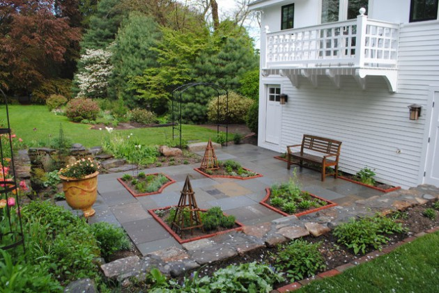 15 Wonderful Transitional Landscape Designs For A Heavenly Garden
