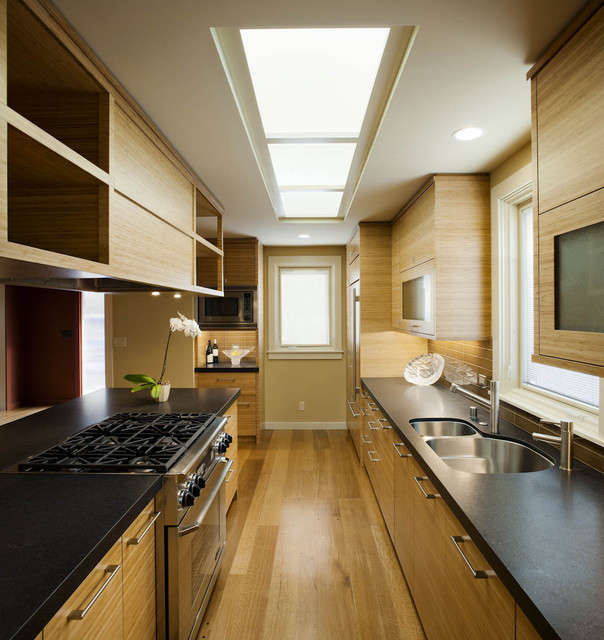 Functional And Practical Kitchen Solutions For Small: 19 Ultra Clever Ideas To Decorate Narrow Kitchen