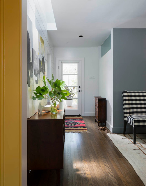 17 Fabulous Transitional Entry Hall Designs For The Perfect Welcome