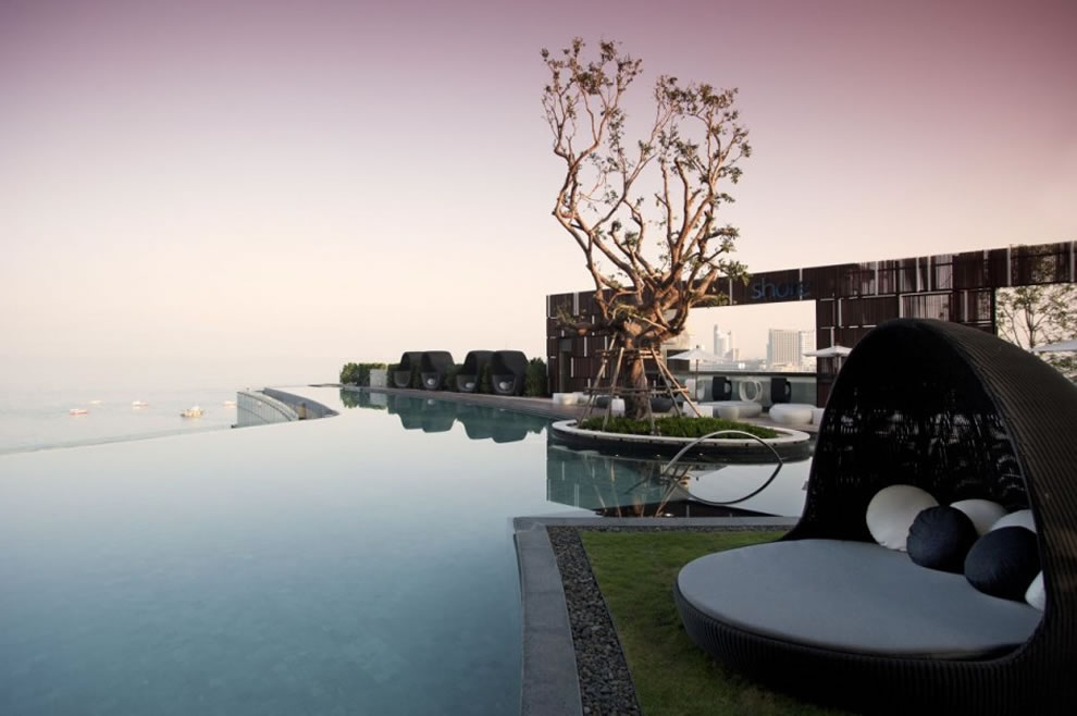 18 Perfect Infinity Pool Designs That Will Make You Go Crazy
