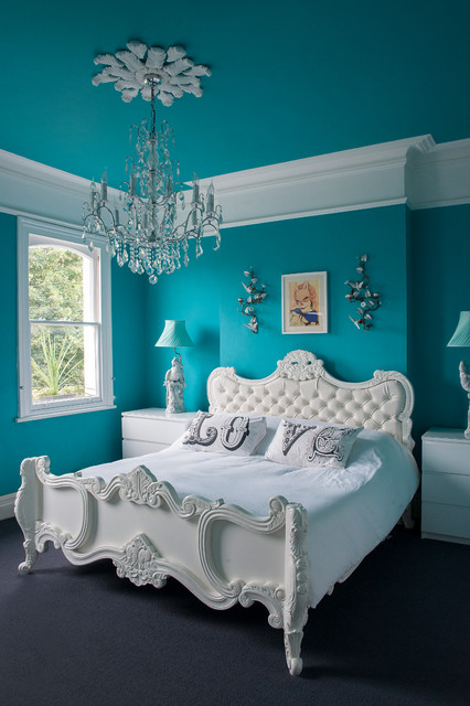 18 Glorious Victorian Bedroom Designs That Will Take Your Breath Away