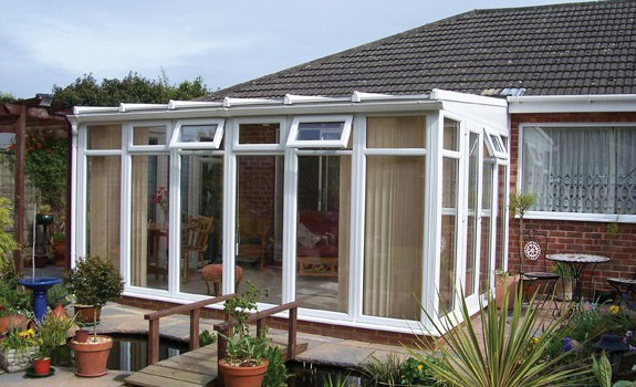 An Insight on the Types and Materials of Self Build Conservatories – Choose the Best for Yourself