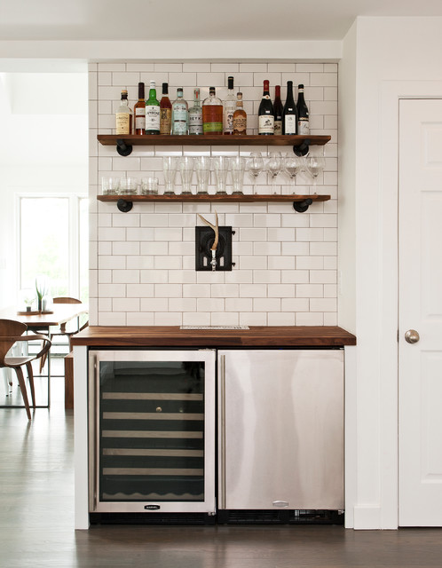 18 tasteful home bar designs that will attract your attention for Built in wall bar ideas