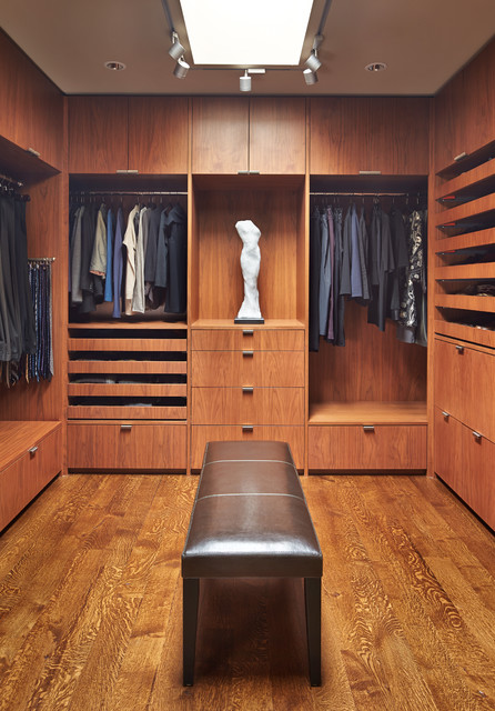 18 Stylish Walk In Closets For Every Modern Man