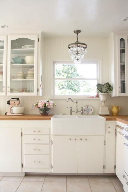 15 incredible shabby chic kitchen interior designs you can for Salle a manger shabby chic