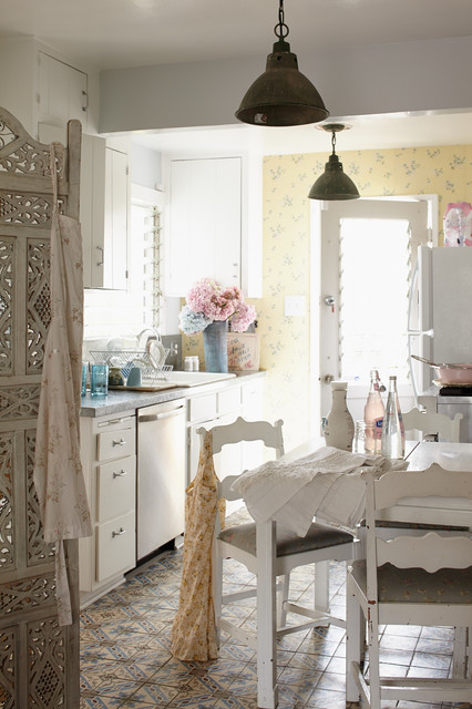 Incredible Shabby Chic Kitchen Interior Designs You Can