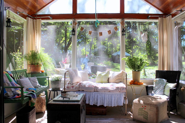 16 Ealing Shabby Chic Style Porch Designs That Can Replace Your Living Room