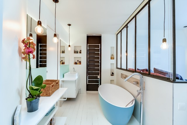 Luxury Affordable Midsized Bathroom Design Ideas Renovations Amp Photos