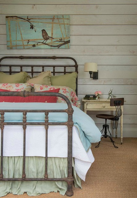 18 Cozy Metal Bed Designs That You Are Going To Love