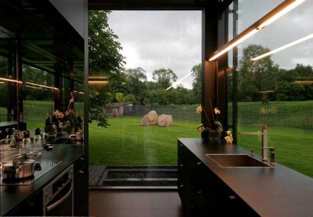 Pavilniai House - A Fabulous Glass House Located in Lithuania