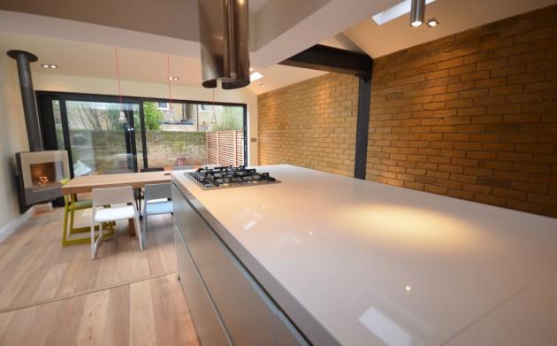 Minimalist/Modern Home Designed By Kroos Architecture