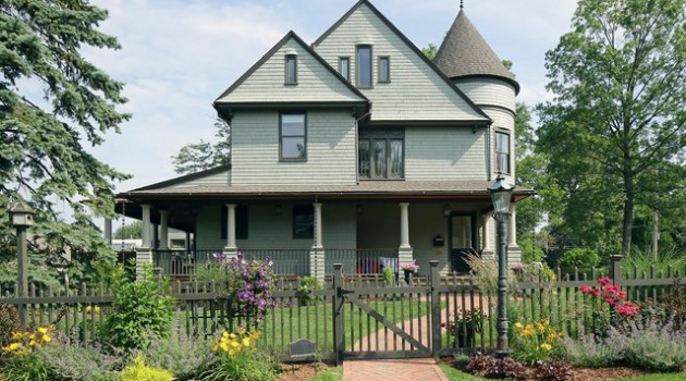 17 Charming Victorian Exteriors That Will Fascinate You For Sure