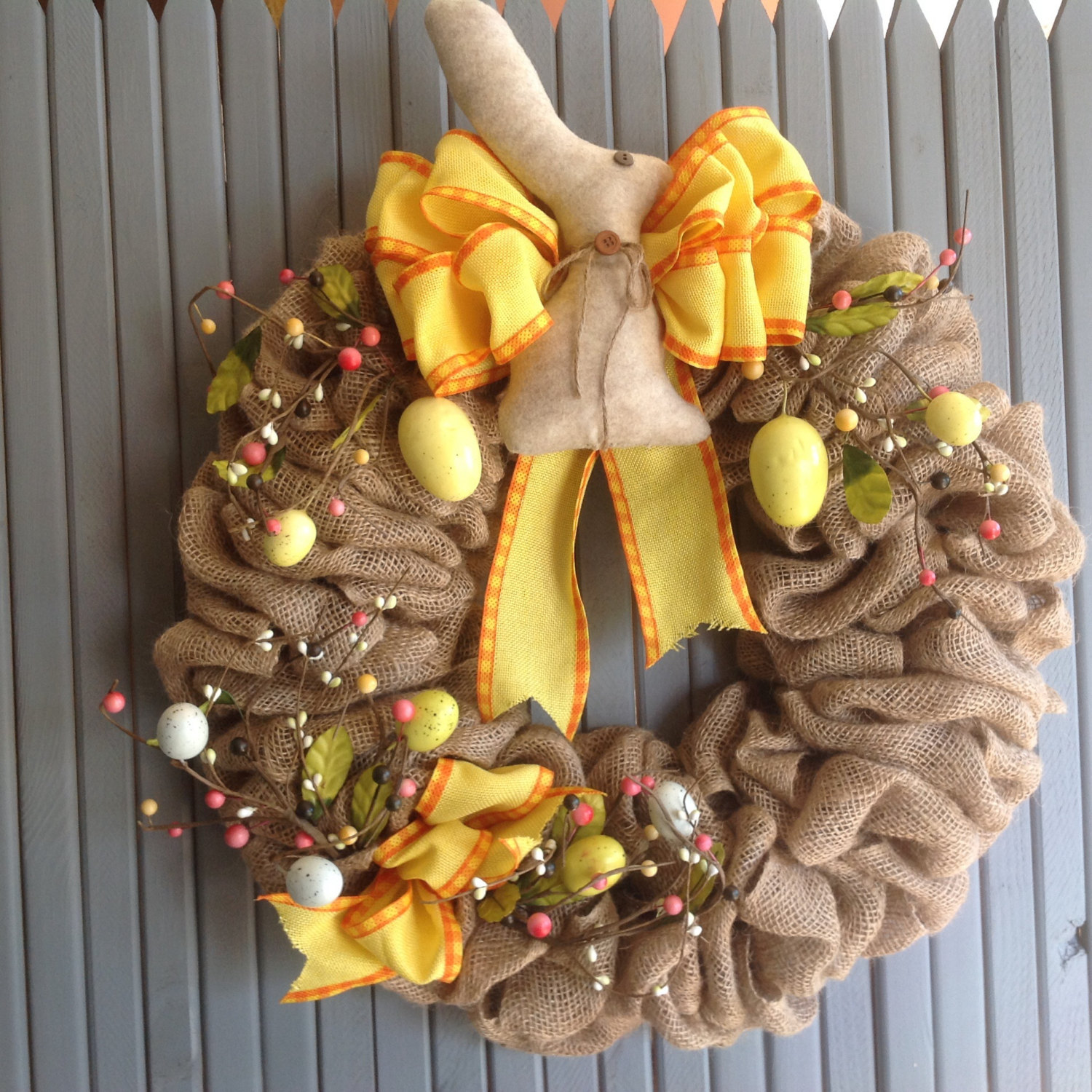 16 Jolly Handmade Easter Wreath Designs For The Upcoming