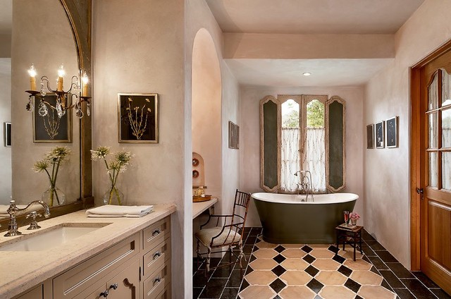 Master Bath Toilet Room Decor
