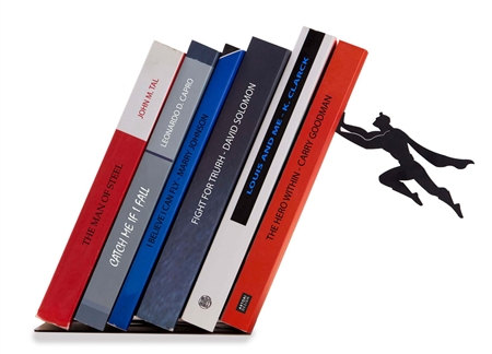 17 Eye-Catching Handmade Metal Bookend Designs That Make Cute Minimalist Decorations