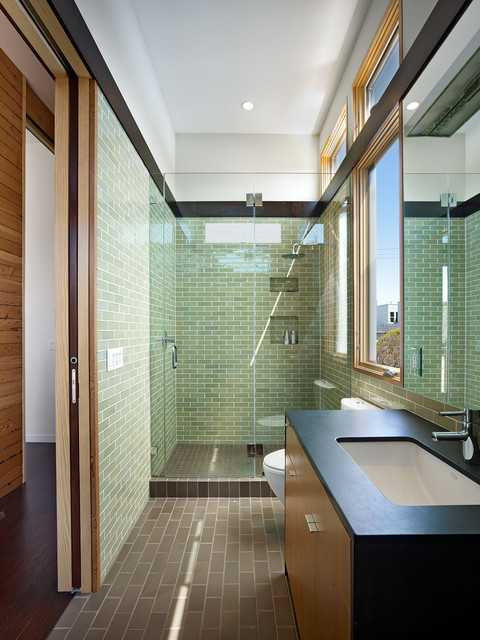 Amazing 19 Narrow Bathroom Designs That Everyone Need To See
