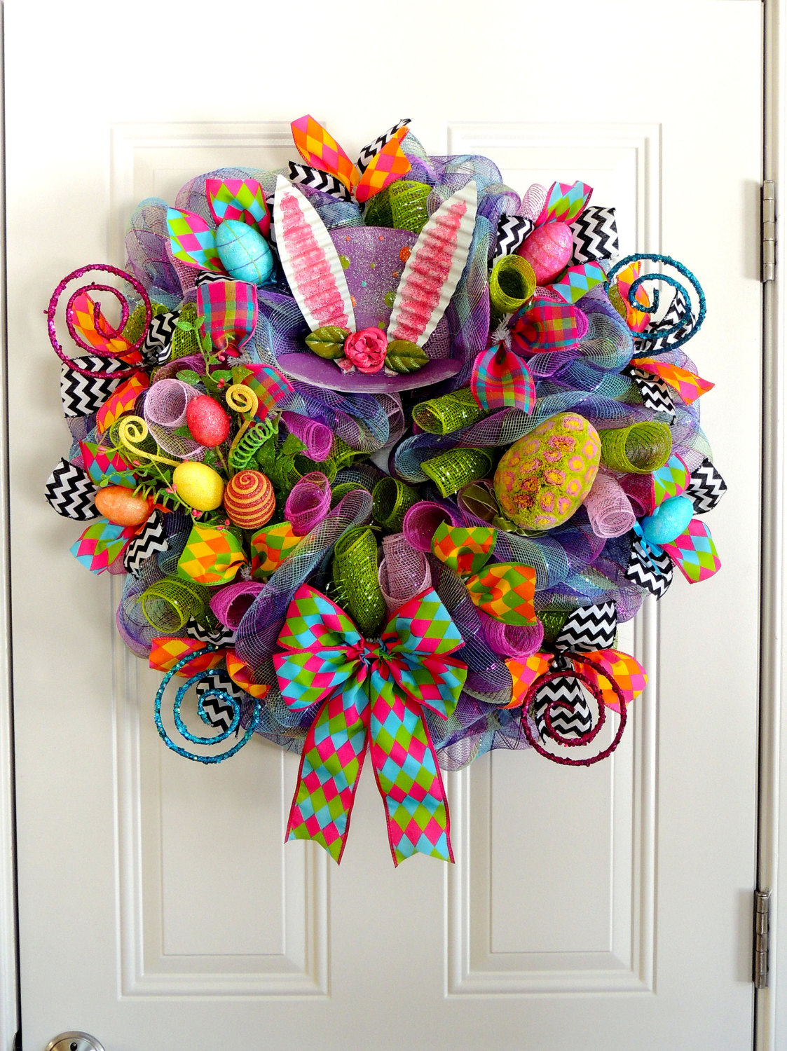 18 Cheerful Handmade Easter Wreath Designs To Get Your