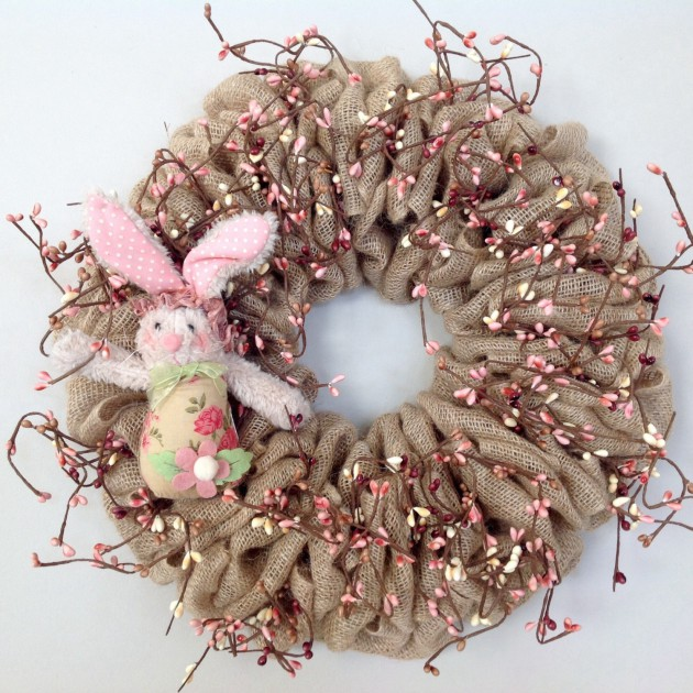 18 Cheerful Handmade Easter Wreath Designs To Get Your Home In The Festive Spirit