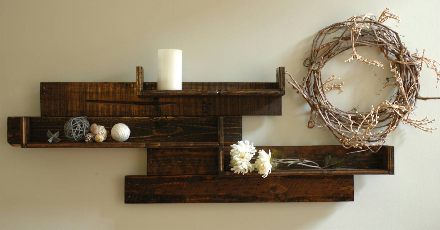 18 remarkable furniture designs made from recycled pallet wood - Wooden wall design ...