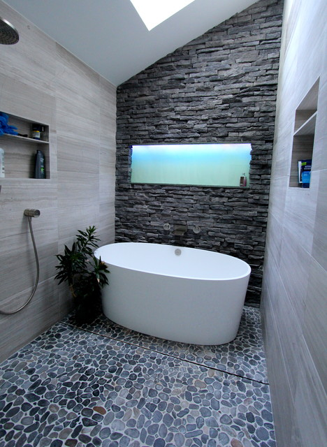 19 Spectacular Master Bathrooms With Freestanding Bathtub
