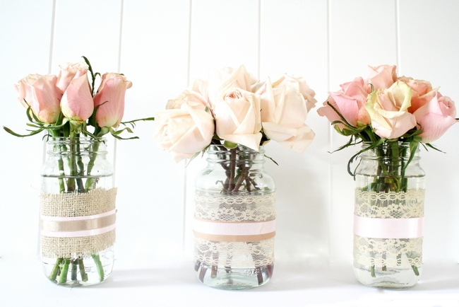 Как оформить банку под вазу
