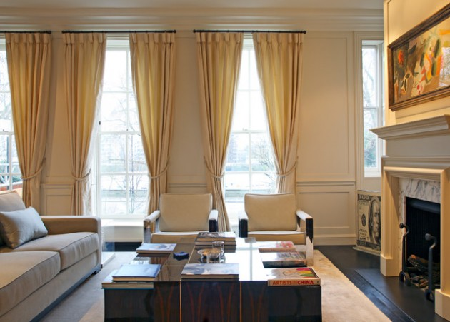 16 Delightful Interiors With Golden Curtains To Enter A Touch Of Glamour In Your Home