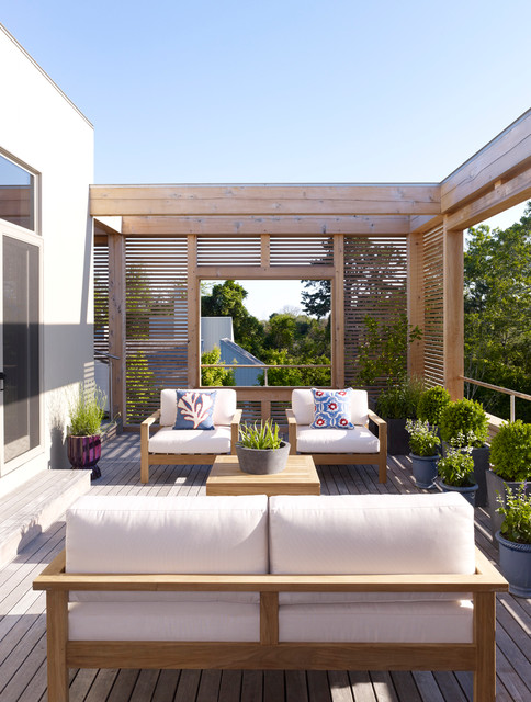 18 Magnificent Privacy Screen Options For Your Backyard