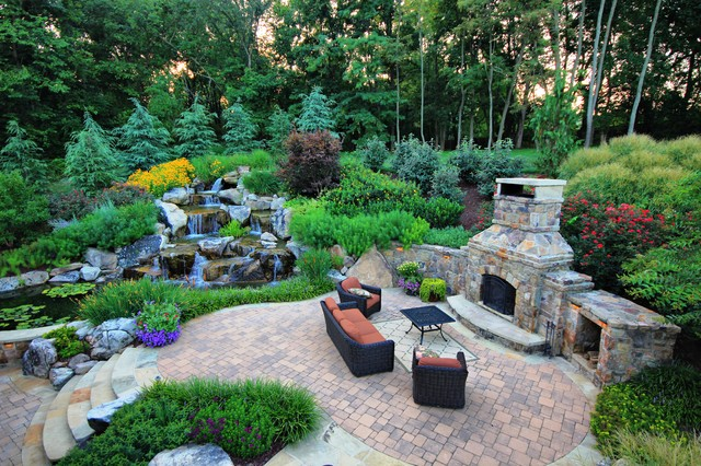 Awesome Waterfall Designs To Adorn Your BackyardAgnizer.com Agnizer.com