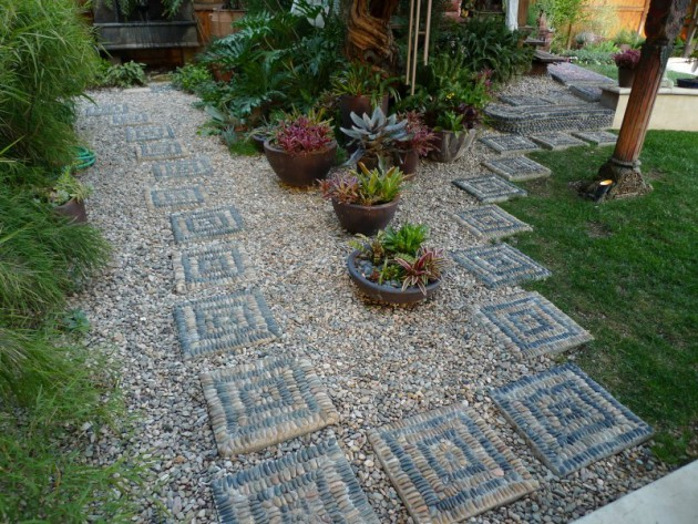 16 Engrossing Pebble Decoration Ideas To Enhance The Look Of Your Garden