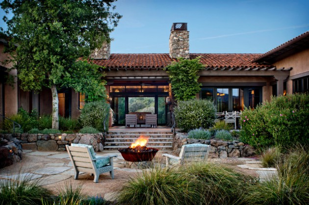 16 Cozy Southwestern Patio Designs For Outdoor Comfort on Lawn Patio Ideas id=87530