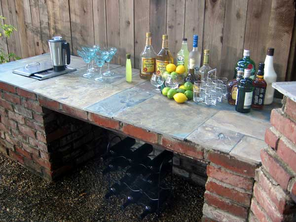 19 Super Easy & Cheap DIY Outdoor Bar Ideas