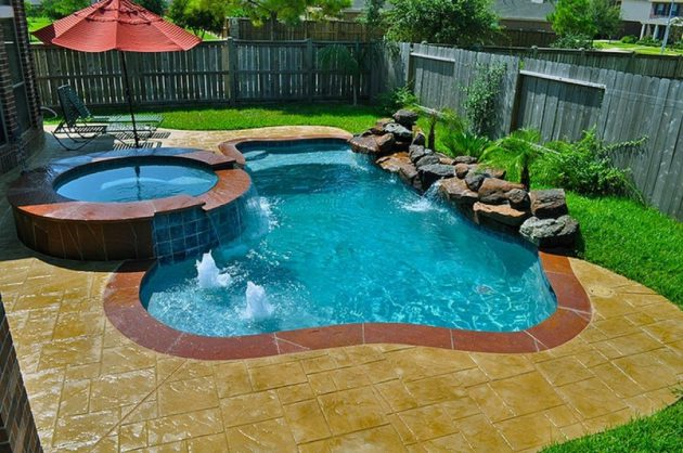 18 gorgeous backyard swimming pools with small sizes for for Swimming pool designs for small yards