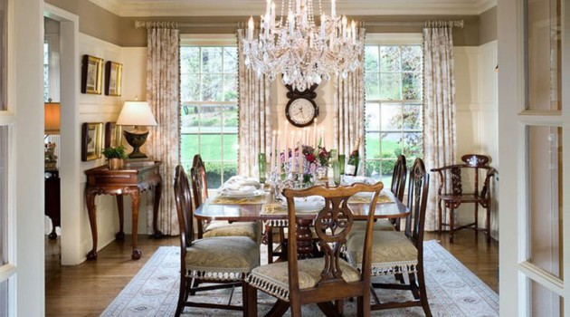 dining room design with crystal chandelier