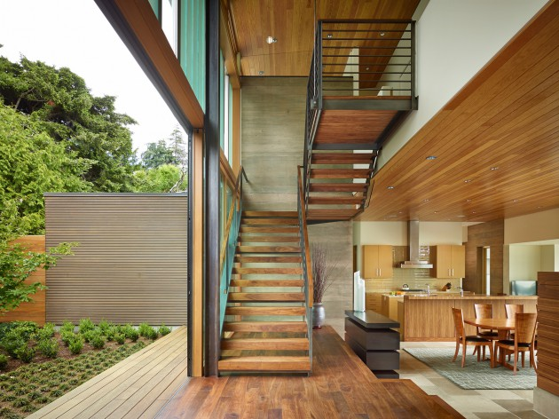 The Courtyard House Is A Contemporary Residence In Seattle By DeForest Architects