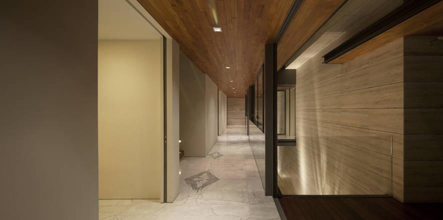 The Travertine Dream House By Wallflower Architecture Design