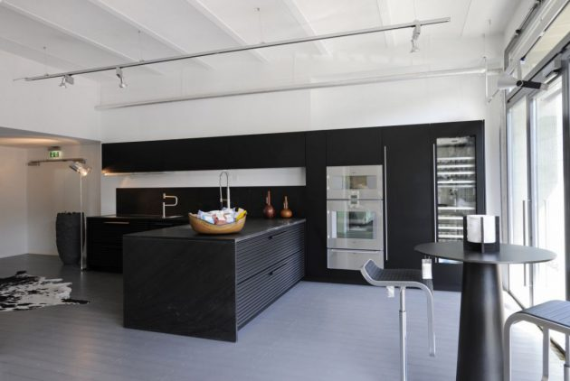 17 Stylish Ideas To Decorate Black Kitchens