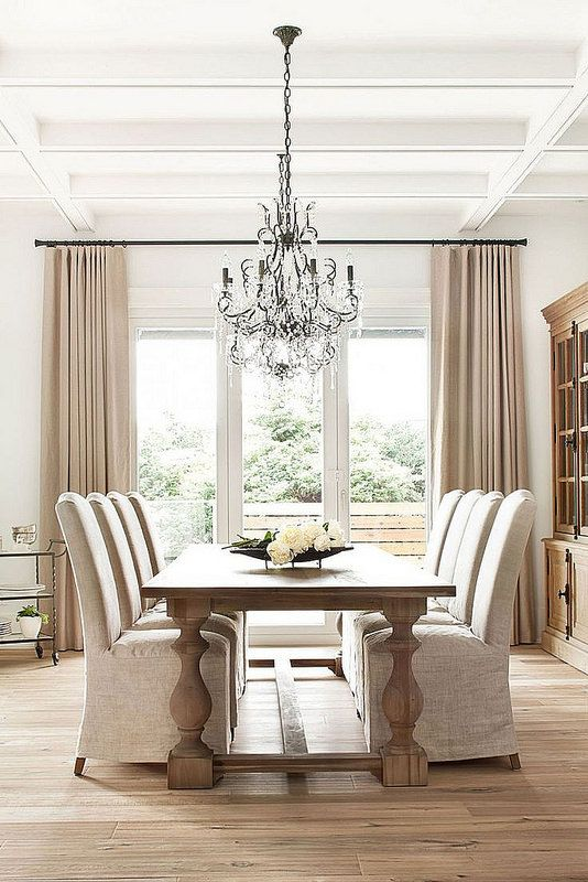 marvelous living room chandelier | 17 Marvelous Dining Room Designs With Beautiful Chandelier