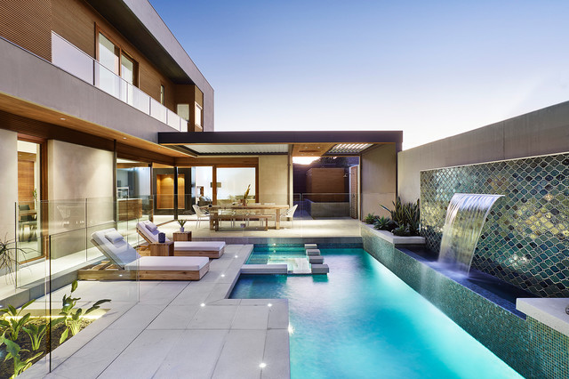 Dazzling Contemporary Swimming Pool Designs To Enjoy In The Summer