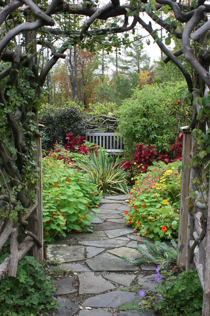 how to make a garden path