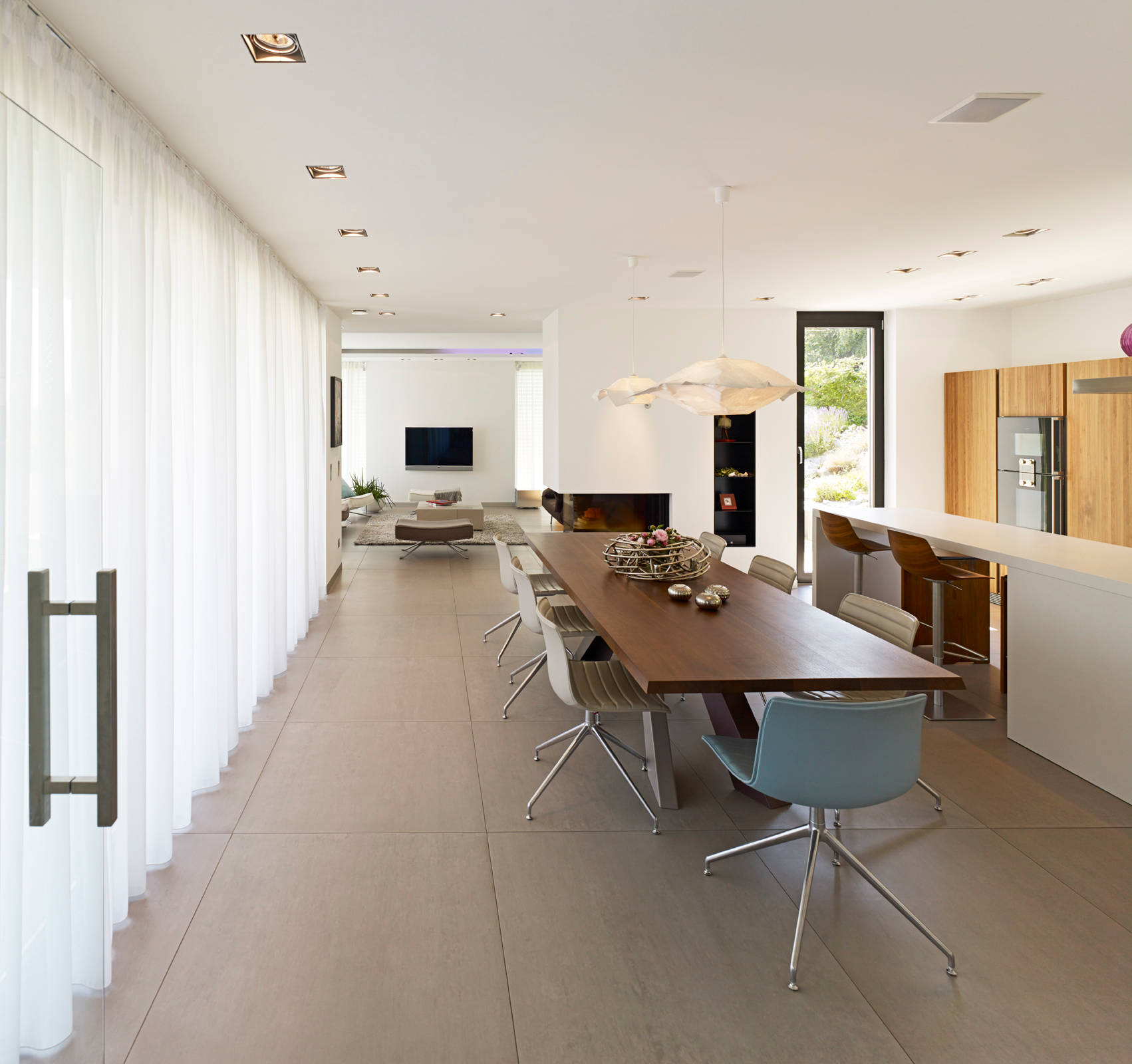 Ultra Modern Kitchen Designs You Must See Utterly Luxury: 18 Outstanding Modern Dining Room Designs For Your Modern Home