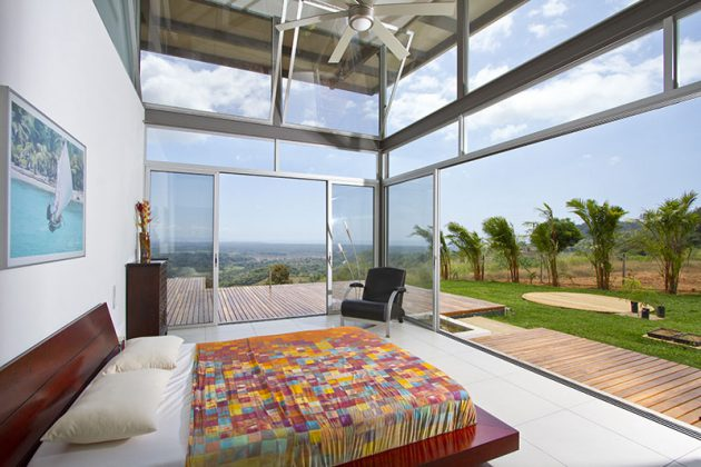 20 Spectacular Interiors With Floor To Ceiling Windows That Offer Incredible Views