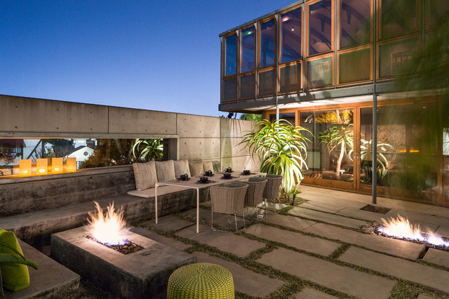 20 Immersive Contemporary Patio Designs That Will
