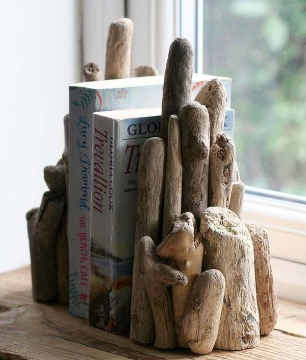 19 Really Inspiring & Cheap Ideas To Make Awesome Driftwood Decorations