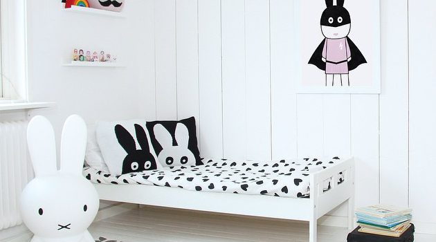 14 Surprisingly Amazing Black & White Child's Room Designs