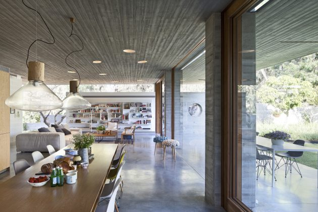 A House For An Architect in Israel by Pitsou Kedem Architects